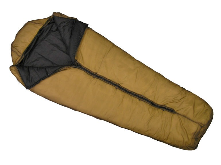 Wiggys Military Sleeping Bag - Coyote Brown